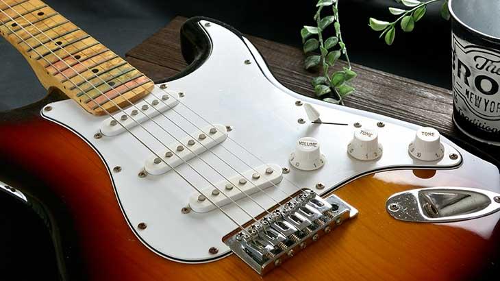 【Cubase】90%以上はアンプで決まる!? DTMの打ち込みギターに使う音色は何が良いのかの考察